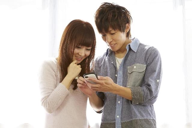 Facebook恋活アプリオミアイで付き合ったカップル